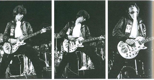 Wishing @JakeBurnsSLF (@RigidDigits) a Happy (Belated) National Guitar Day! #JakeBurns #StiffLittleFingerspic.twitter.com/pvZt10XTHN