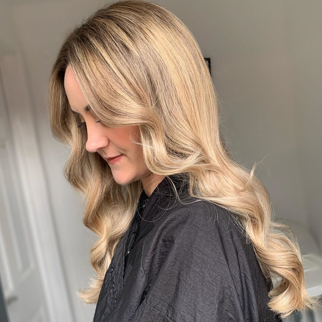 Blonde Goals....  Created by Aimee @ the mill hair studio in Sheffield using FOILBOSS foils.   #themillhairstudio #sheffield #blonde #hairfoil #hairsalon #hairstylist #behindthechair #hairstyles #manchester #foilboss pic.twitter.com/FPWf81xwi8