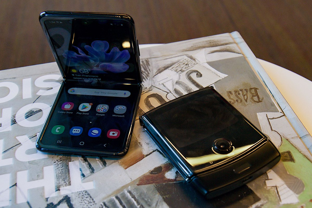 Samsung's Galaxy Z Flip beats the Motorola Razr in nearly every way