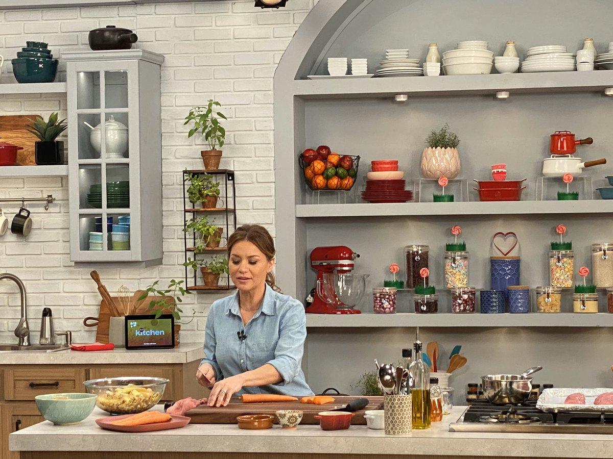 Christy Vega On Twitter Cooking Up A Storm Foodnetwork Kitchens Prepping Veggies For An Easy Sheet Pan Pork Tenderloin Recipe Foodnetwork Christyvega Https T Co E6mem2m9y8