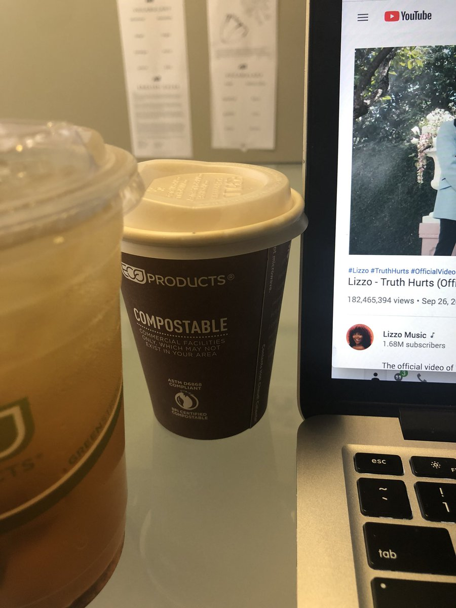 Black tea, cafe breva and Lizzo. Setting myself up for success or kinilak 🤷🏻♀️