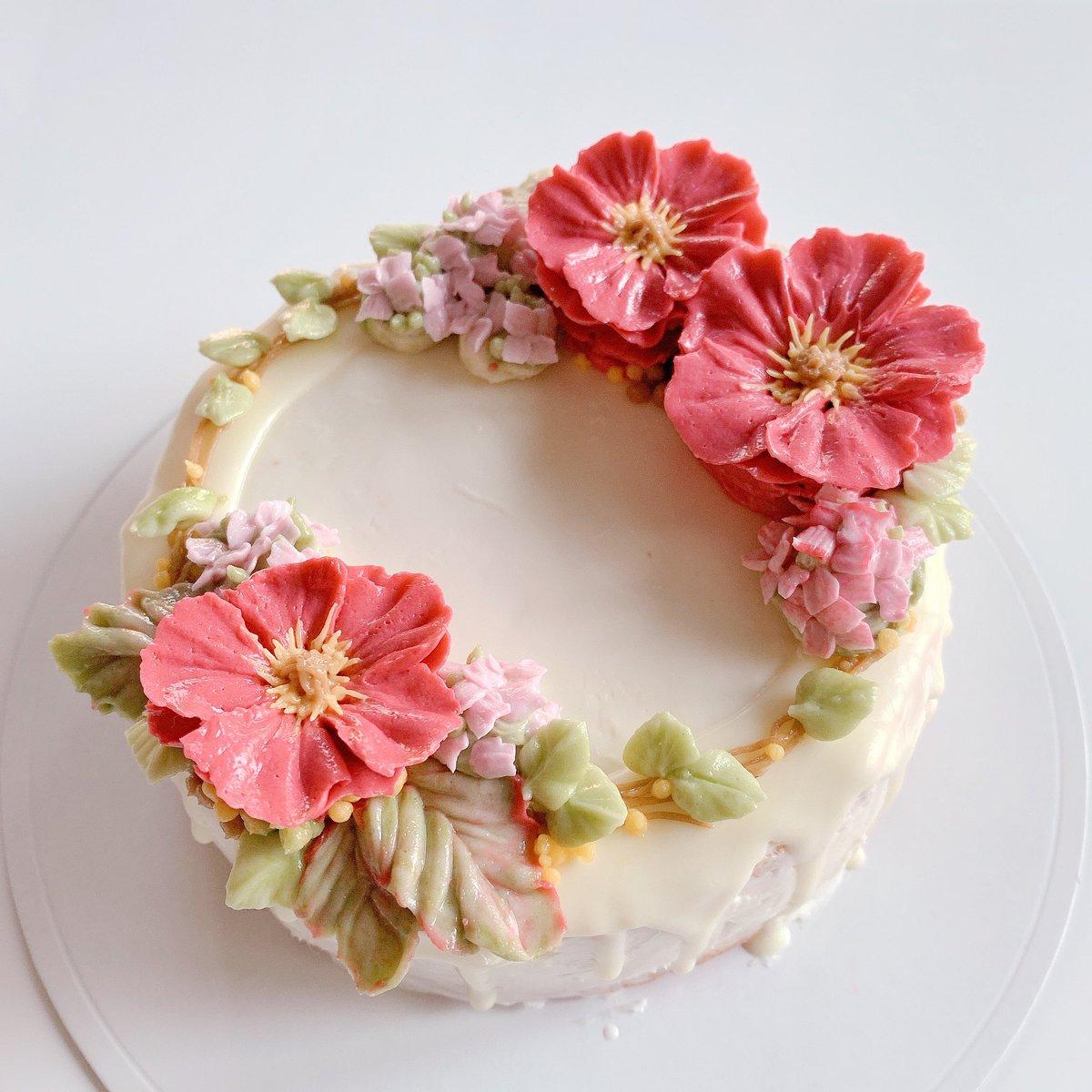 バタークリームで花のケーキ作りました!!ひまわりはチーズ💪🏻