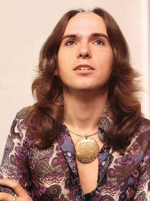 Happy Birthday to Genesis singer songwriter Peter Gabriel, born on this day in Chobham, Surrey in 1950.