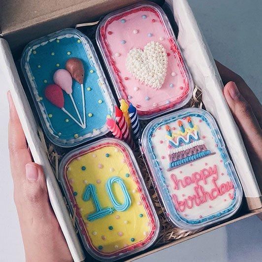 Hello orang JB! I tengah mencari agent untuk Cake in A Box by @wondermilkcafe !!   DM I untuk details!   Tolong RT kalau ternampak tweet ni orang JB! @OfficialJohor @JohorDarulTazim pic.twitter.com/cZeH7AUgY5
