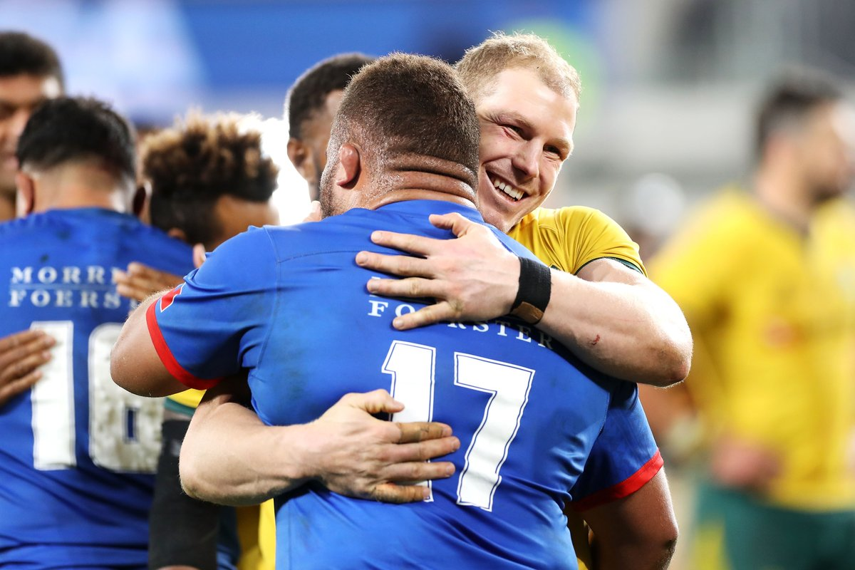 To our friends, fans and foes… Happy Valentine's Day! 💛 #GoldBlooded #TeamRugby
