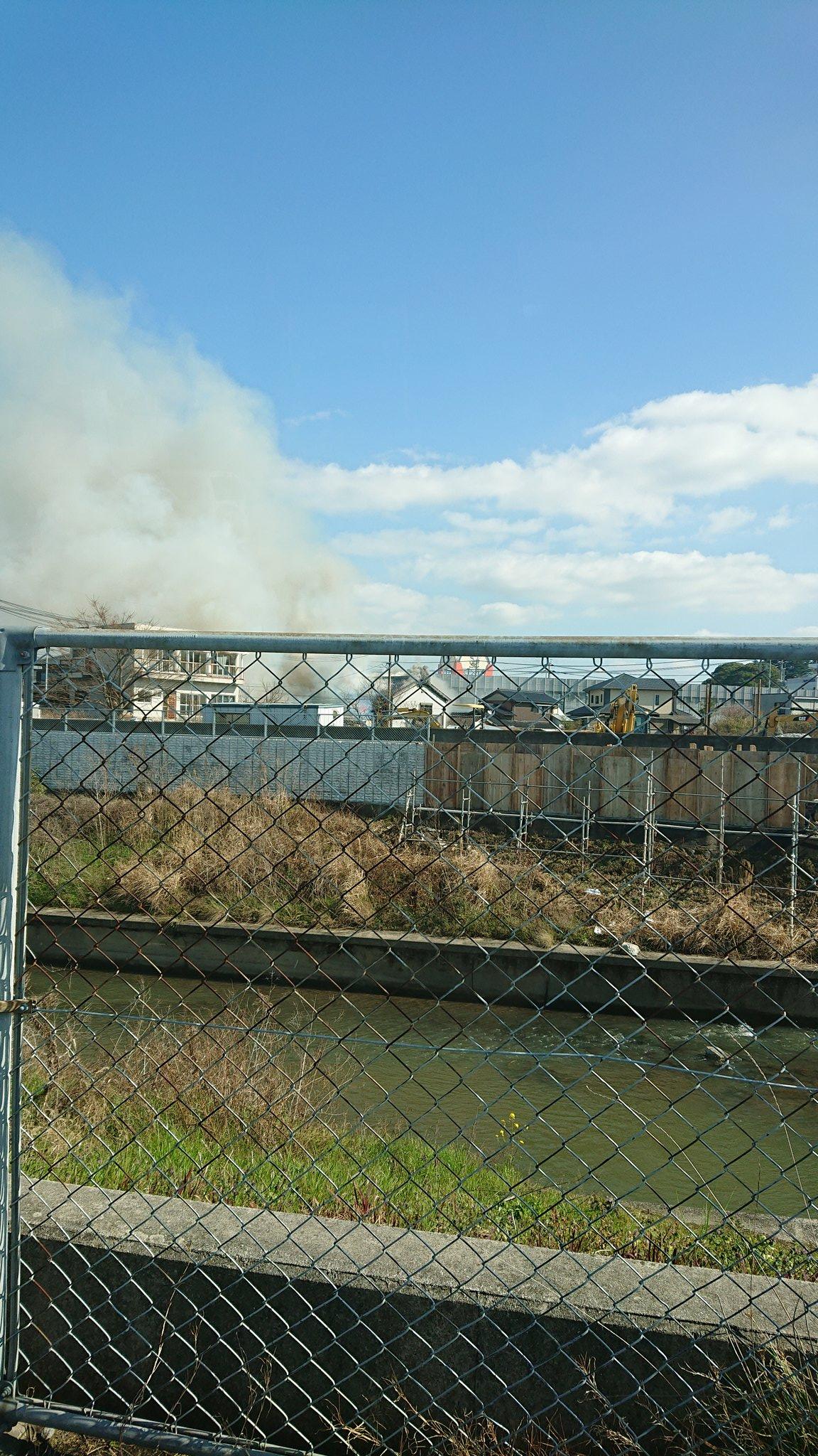 画像,火事だ!!!みぞえかと思ったらその裏だった!#火事 #飯塚 https://t.co/j2FCJTBYgB。