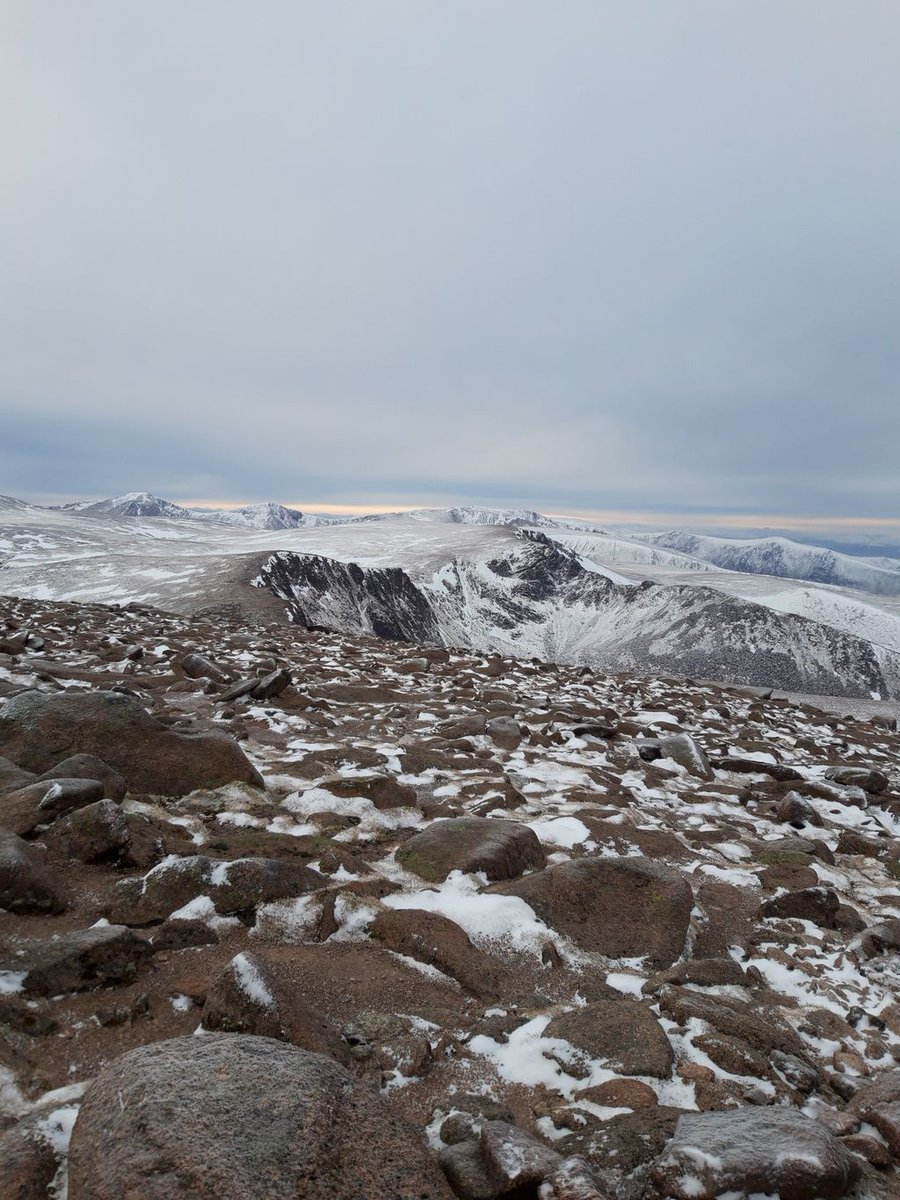 Taken atop cairngorm summit, looking towards the famous Fiacall ridge standing between coire an t'Sneachda and coire Lochain.  Have you tackled this ridge? Let us know! 👇👇  #guidebase #climbing #mountaineering #winter #fiacallridge #cairngorms #scotland #winterclimbing