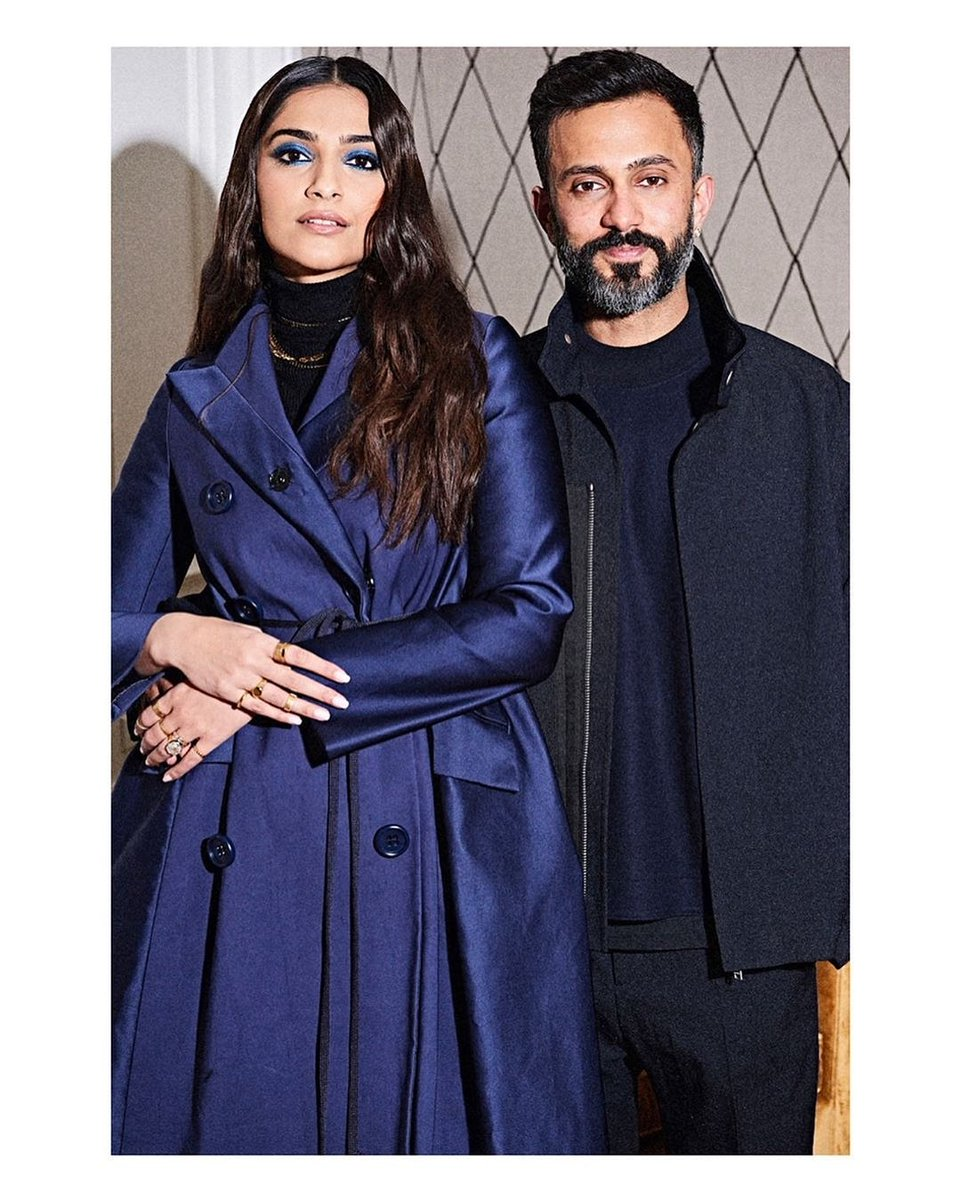 A perfect #throwback from our forever fave 💙 @sonamakapoor #AnandAhuja