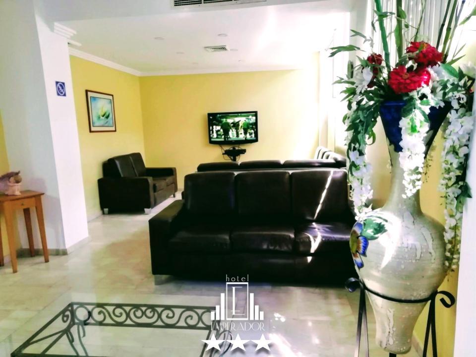 Nuestras instalaciones están preparadas para recibirte en cualquier momento, no dejes de preferirnos, somos mas que un hotel, somo Hotel Emperador. ... #hotelemperadorv #hotel #valenciavzla #carabobo #venezuela #booking #traveling #travelpic.twitter.com/PHWAbwBQlI