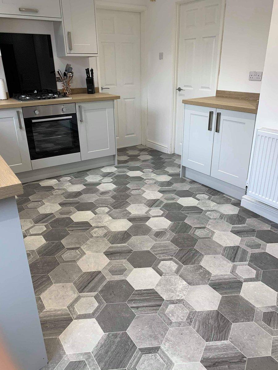 HEXAGON VINYL FLOORING 😲🤩❤️  #knokoflooring #grey #vinyl #southtyneside #jarrow #northeast #carpets #flooring #homedecor #interior