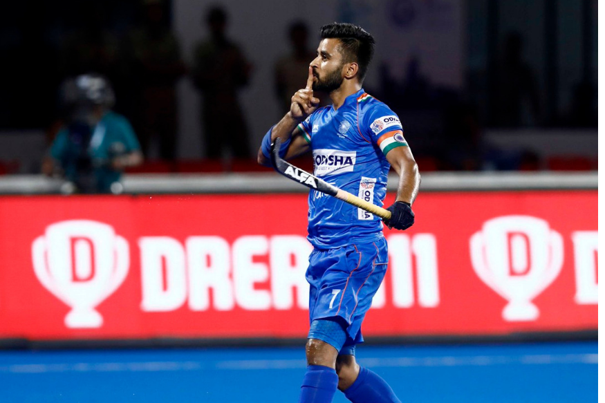 The Indian men's hockeyteam captain #ManpreetSingh named Player of the Year for 2019 by the International Hockey Federation.   #HockeyIndia #IndiaKaGame <br>http://pic.twitter.com/mMaO5CQmdj