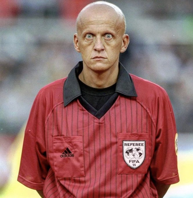 Happy birthday to the scariest referee of all time. Pierluigi Collina turns 60 today.