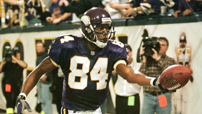 Happy Birthday to Vikings Pro Football Hall of Famer Randy Moss