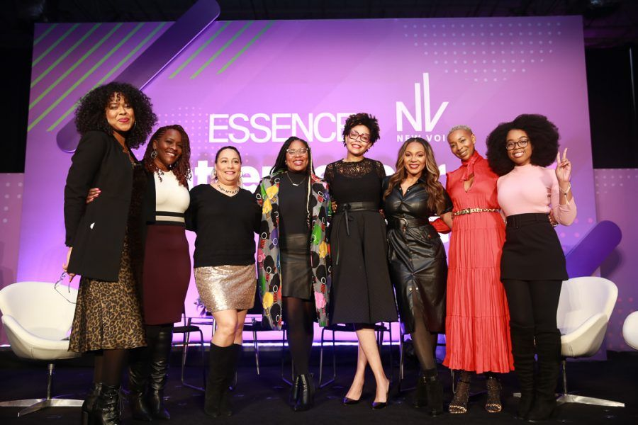 Starting a #smallbiz can be challenging. Listen to these successful #blackwomenentrepreneurs discuss their journey and offer advice for aspiring #smallbusinessowners via @essence: https://buff.ly/2S0Ii2e pic.twitter.com/kuRjWz0dwY