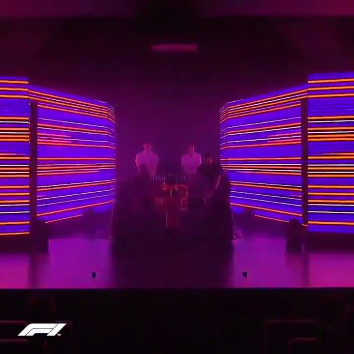 ICYMI: The moment @McLarenF1 showed off the MCL35 to the world for the first time 🤩  #F1