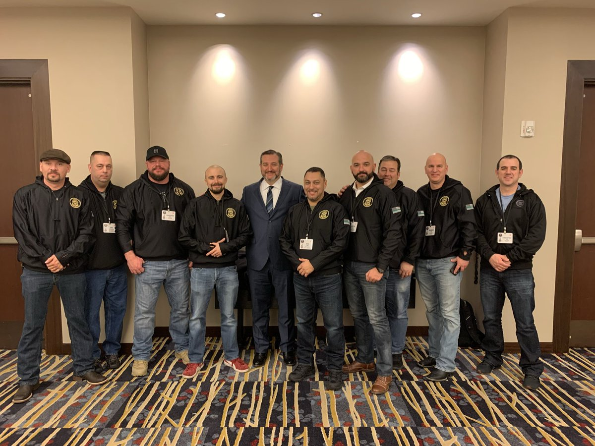 Always great to visit with @tedcruz to discuss #BorderSecurity. Thank you for taking the time to meet with our Executive Committee this morning at our conference in Washington, D.C. @SenTedCruz