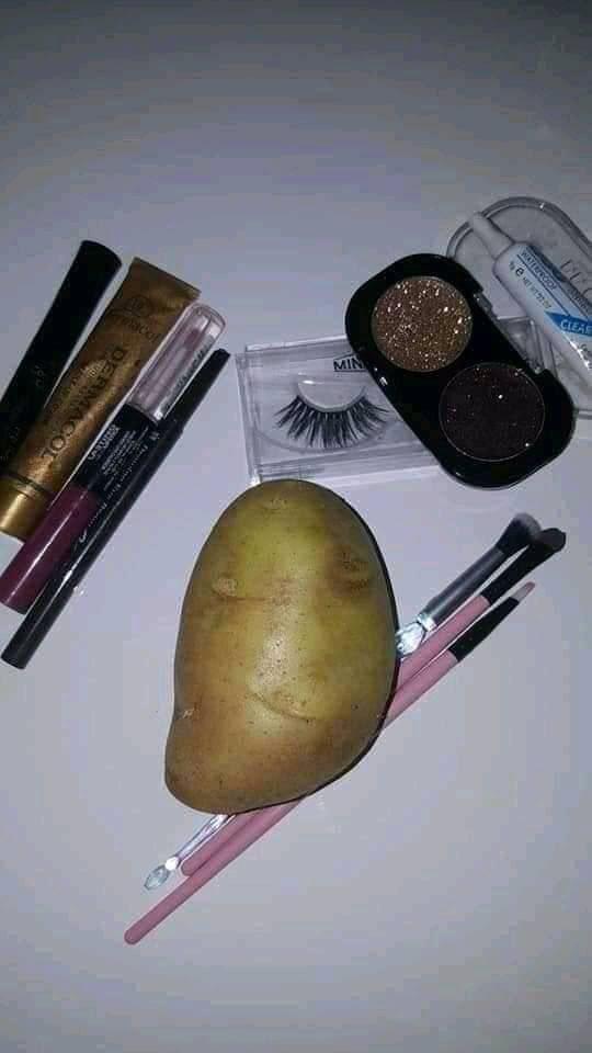 Okay hun #makeup #makeupartis pic.twitter.com/RgSVVGdrc8
