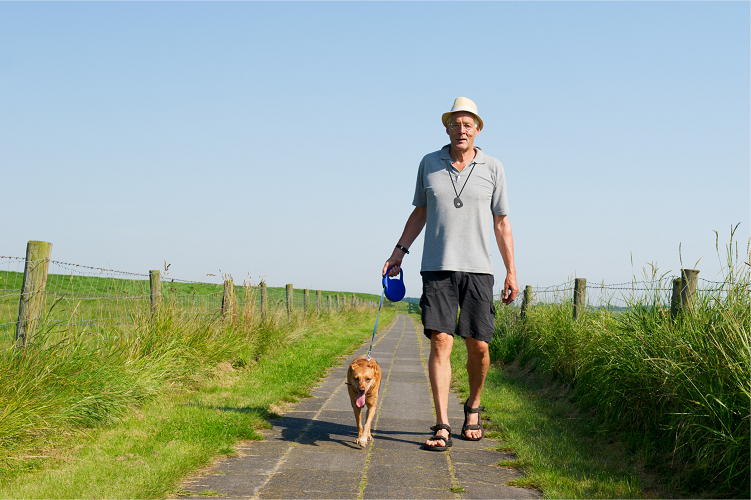 Elderly people sometimes stay home for fear of getting hurt outside. There are so many benefits to walking and our Footprint can take the worry out of leaving the house. Try to encourage someone you know to get out this week!  https://www.progresslifeline.org.uk/news/benefits-of-walking/  …