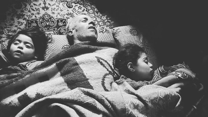 Sorry little Angels humanity has died yet again in Syria.😭 Hard Image,but the whole world needs to know!  A Syrian refugee family died from severe cold in Northern #Syria.