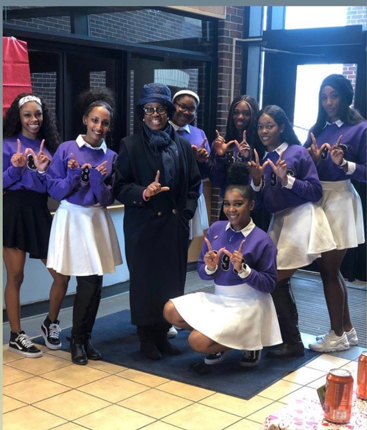 We are very thankful for a very successful day of events. Our crush for your crush event, and our valentines date auction was a success. Thank you from the ladies of Nacwc #1896 pic.twitter.com/QStRvTYVHe