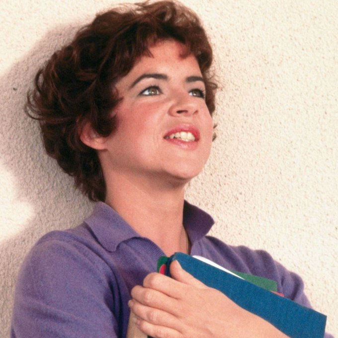 Happy 76th Birthday to Stockard Channing, who played Rizzo in Grease!