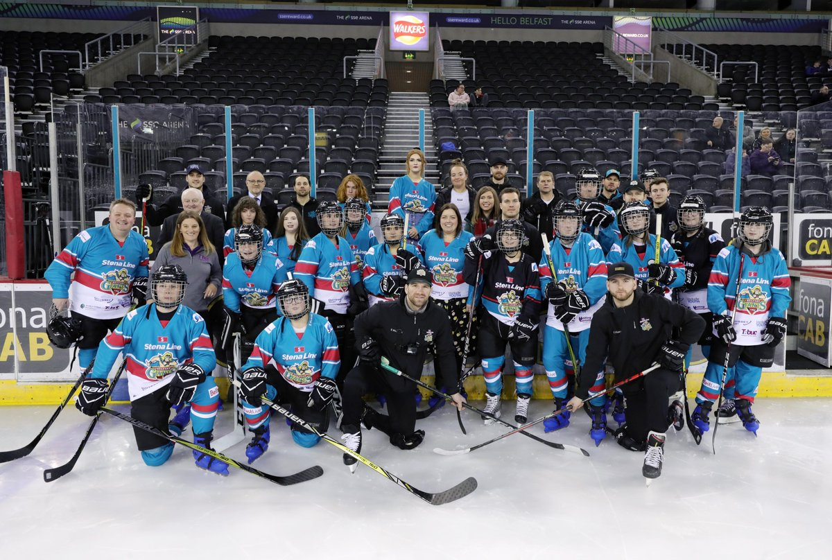 This evening after 24 weeks of building confidence & removing barriers to participation through ice hockey, young people from the @CommunitiesNI funded #OdysseyIceAcademy enjoyed, along with Minister @DeirdreHargey a game with @BelfastGiants #tbuc belfastgiants.live/Odyssey-Ice-Ac…