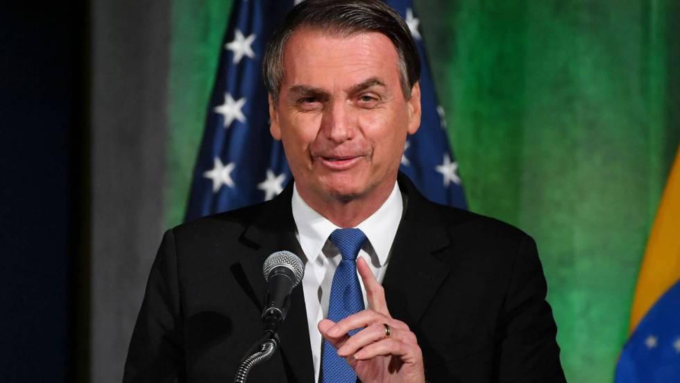 Bolsonaro llama a Greenpeace 'porquería'