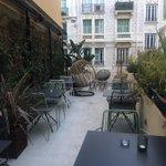 Image for the Tweet beginning: Inauguration de l hôtel de
