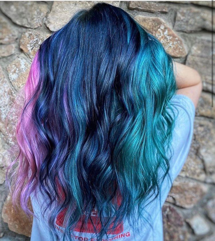 Under the sea   @keen_shearslinger  #hairstylist #fortheloveofahairdresser #ittakesapro #modernsalon #americansalon #powertools #roaring20s #haireducation #fashionhairstyle #besthair #fastcolor #awesomehairstylistspic.twitter.com/gADOzHVPqJ
