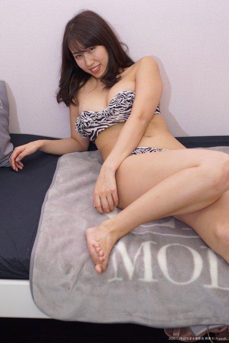 グラビアアイドル藤堂さやかのTwitter自撮りエロ画像16