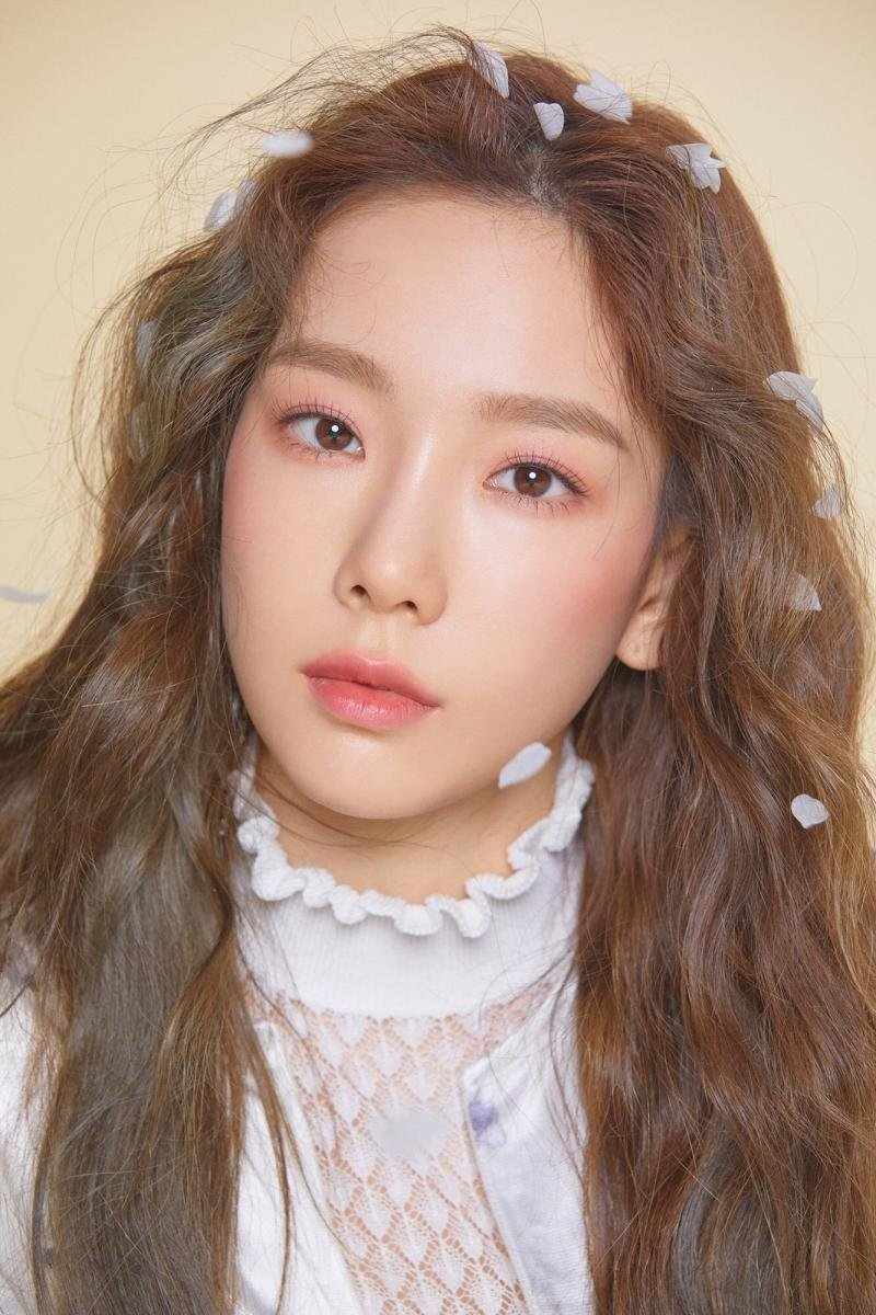 SM artists songs with the highest Unique Listeners in 24 hours on Melon:  1. TAEYEON — Four Seasons (1,021,019) 2. Red Velvet — Power Up (987,862) 3. TAEYEON — I (963,980) 4. TAEYEON — Spark (929,840) 5. CHEN — Beautiful Goodbye (927,773)  Legends!  @GirlsGeneration <br>http://pic.twitter.com/6Q3xnogyqR
