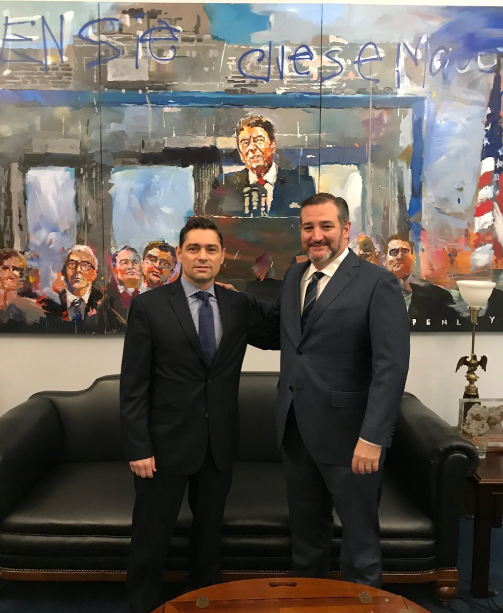 Great meeting with @carlosvecchio to discuss the @jguaido visit, destabilizing threats in the region, and the importance of securing the release of the #CITGO6. The United States stands with the people of Venezuela in their fight to restore democracy and rule of law.