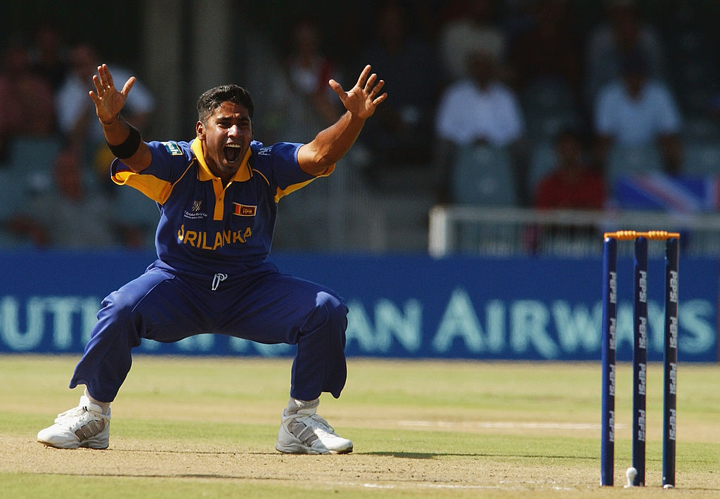 #OnThisDay in 2003, Chaminda Vaas took a hat-trick with the first three balls of an ODI!  He finished with 6/25 <br>http://pic.twitter.com/ZI5nSfs87o