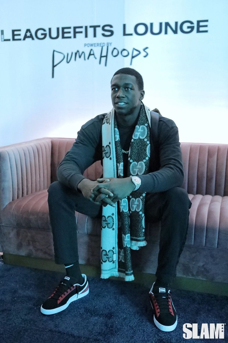 Replying to @leaguefits: the first-ever nba player to show up to the first-ever leaguefits lounge — thanks @nunnbetter_ .