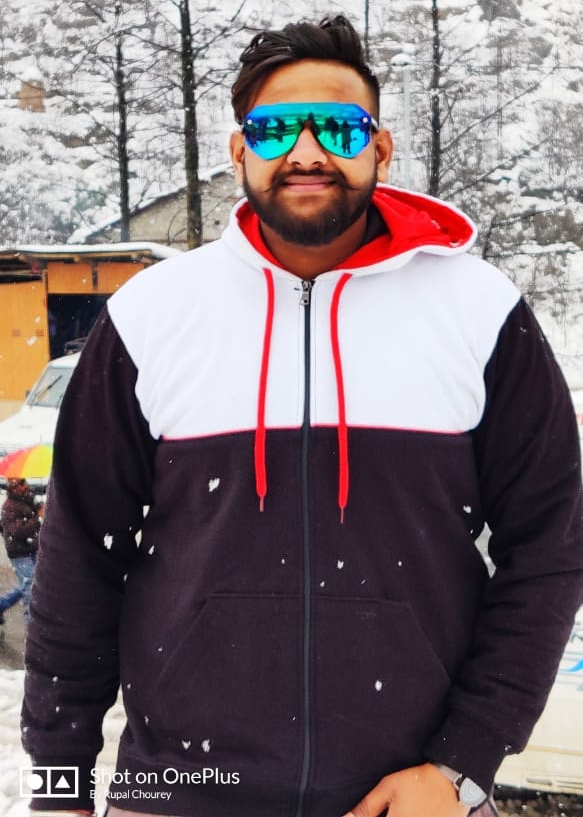 You know what ? We can personalise your hoodie too !!  Get panel hoodies for your group only on https://www.bazarville.com  #winterfashion #fashion #winter #ootd #style #winteroutfit #fashionblogger #winterstyle #fallfashion #christmas #winteriscoming #fashionista #bazarville pic.twitter.com/hqjLMUgrYJ