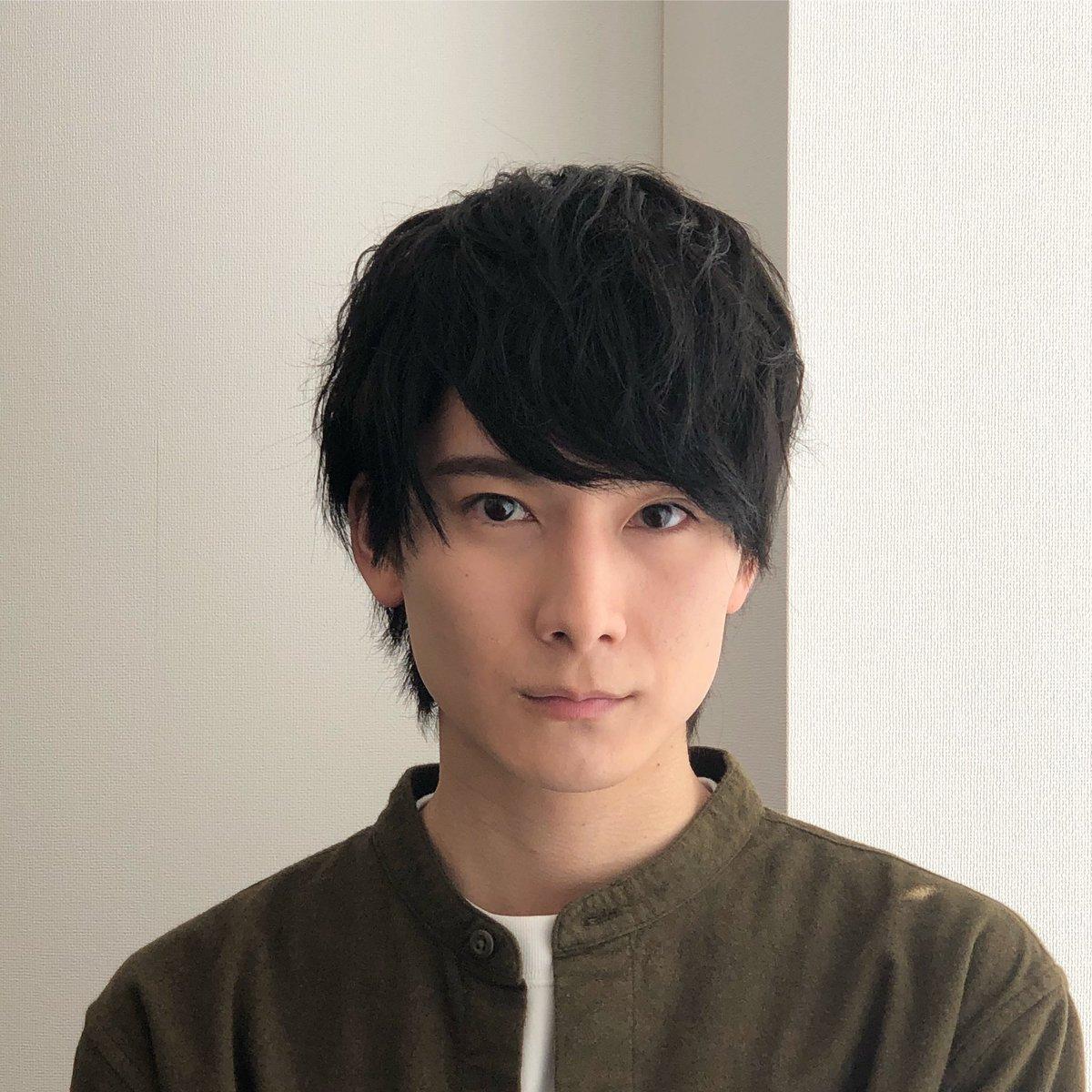 初めまして。Ever Green Entertainment所属朝田淳弥です。まだまだ役者としては未熟者ですが、応援の程、よろしくお願いします。#朝田淳弥#今日からSNS始めます