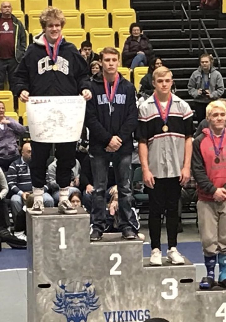 Congrats to Kam Moss on winning the 160 pound 6A Wrestling Title today! The Chargers as a team took 4th. @canyonsdistrict @DNewsRewind @UHSAAinfo @K_carlson_grind @awilcox522 @tribpreps @desnewssports @kslsportspic.twitter.com/5omi4kCf0T