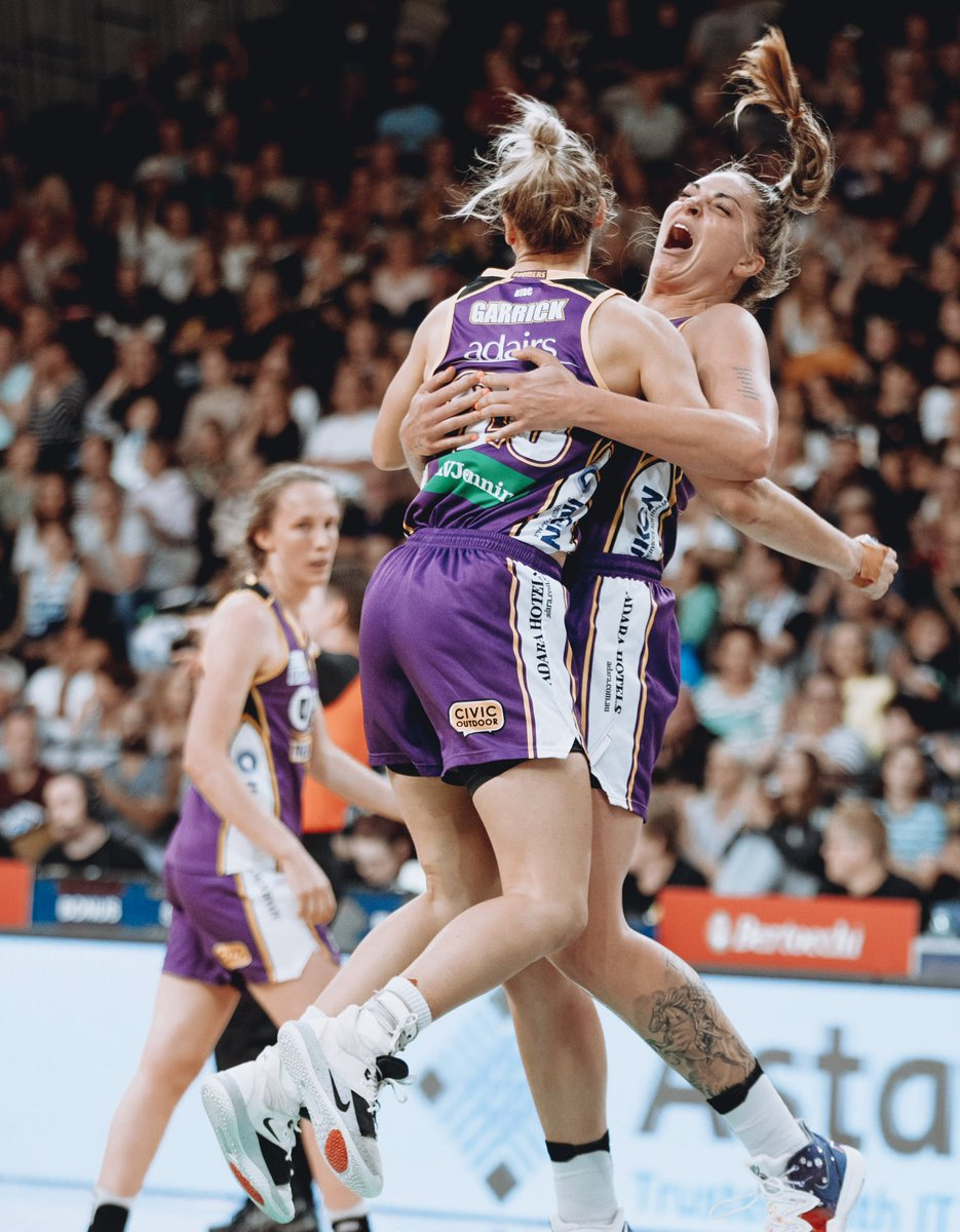 Hyped or nah? #WNBLFINALS #BOOMBOOMBIH #BOOMUP 💪🏾 @MelbBoomers