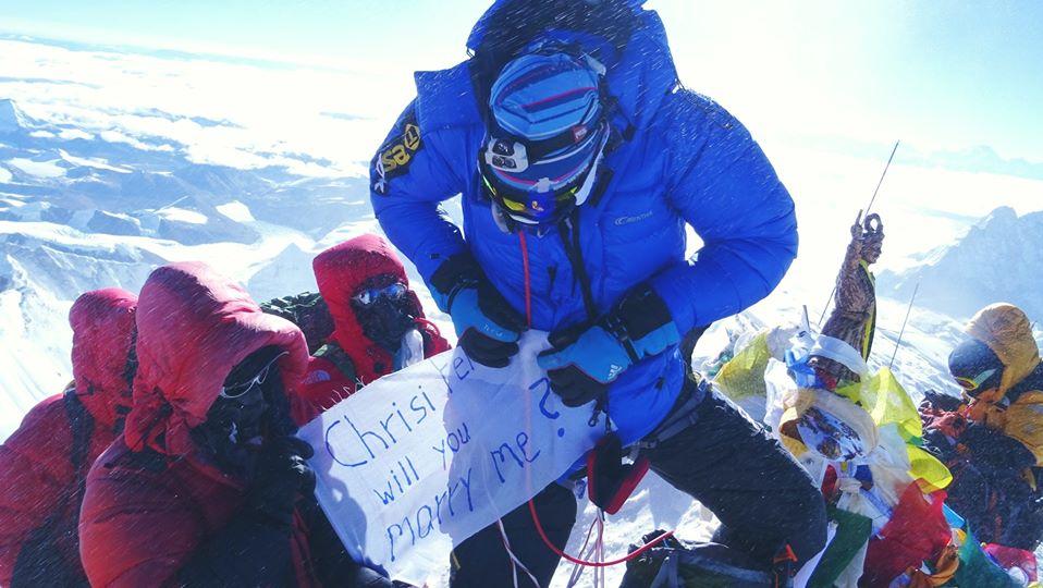 TO ALL FRIENDS WHO LOVE MOUNTAINS: HAPPY VALENTINES DAY FROM SUMMITCLIMB AND SUMMITTREK!!  #HappyValentine #Climbing #Expedition #SummitClimb