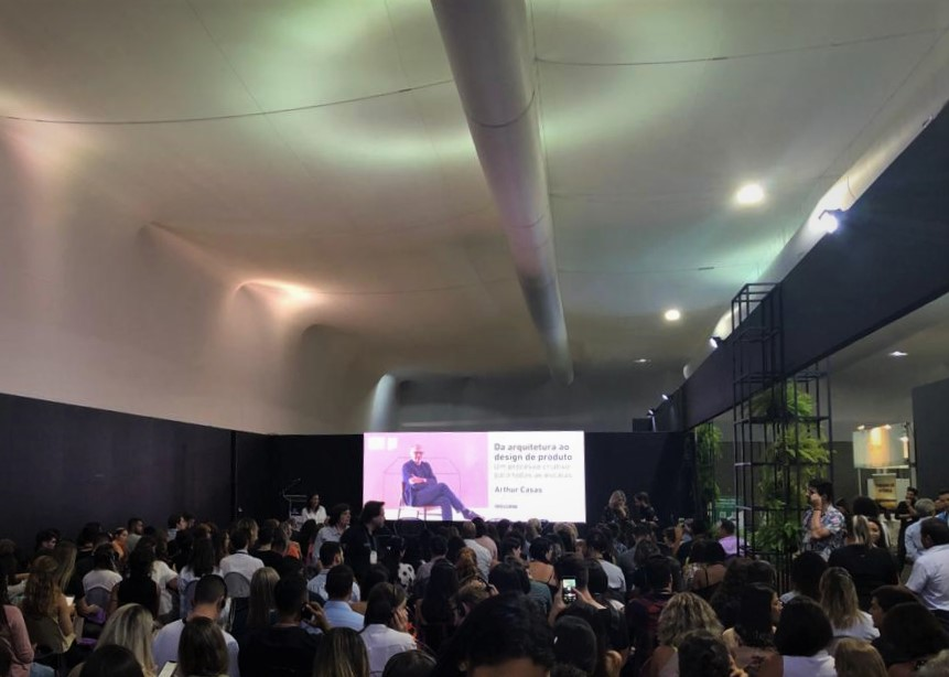 Vitoria @StoneFair is ready for the lectio of Arthur Casas, brazilian architect who is gonna talk about creativity, design and natural stone.  Check out more on the program: https://t.co/07xo4DTrqZ  #vitoriastonefair #marmomac #architecture #productdesign #arthurcasas https://t.co/HlL4e0V9X6