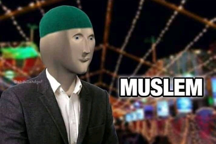 Niggas after texting jummah Mubarak and putting Islamic status on WhatsApp just on jummah #JummahMubarak <br>http://pic.twitter.com/CMevGTvGSF