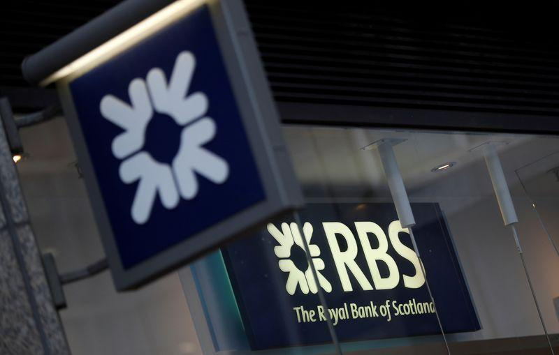 RBS to slash investment bank, rebrand as NatWest https://t.co/zn6x8ROirY https://t.co/teFJUJU6Qi