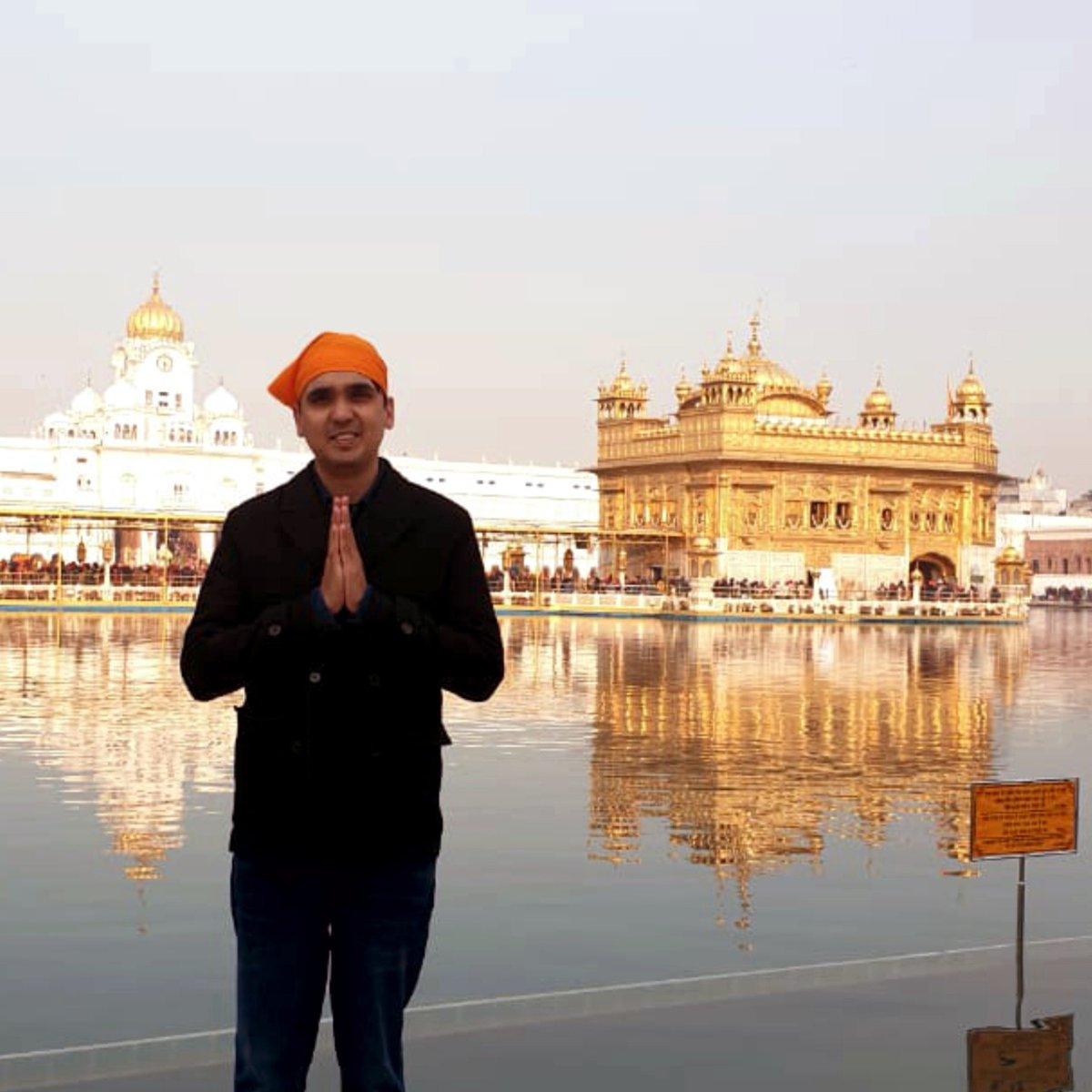 Seeking the blessings of the Almighty at Golden Temple, Amritsar. #goldentemple #goldentempleamritsar #harmandirsahib #goldentemple#waheguruji#networkmarketing #motivationalspeaker #friday #FridayMotivation  #entrepreneurlife #entrepreneurship #motivationfriday #princesainipic.twitter.com/DYHoVbT9FP
