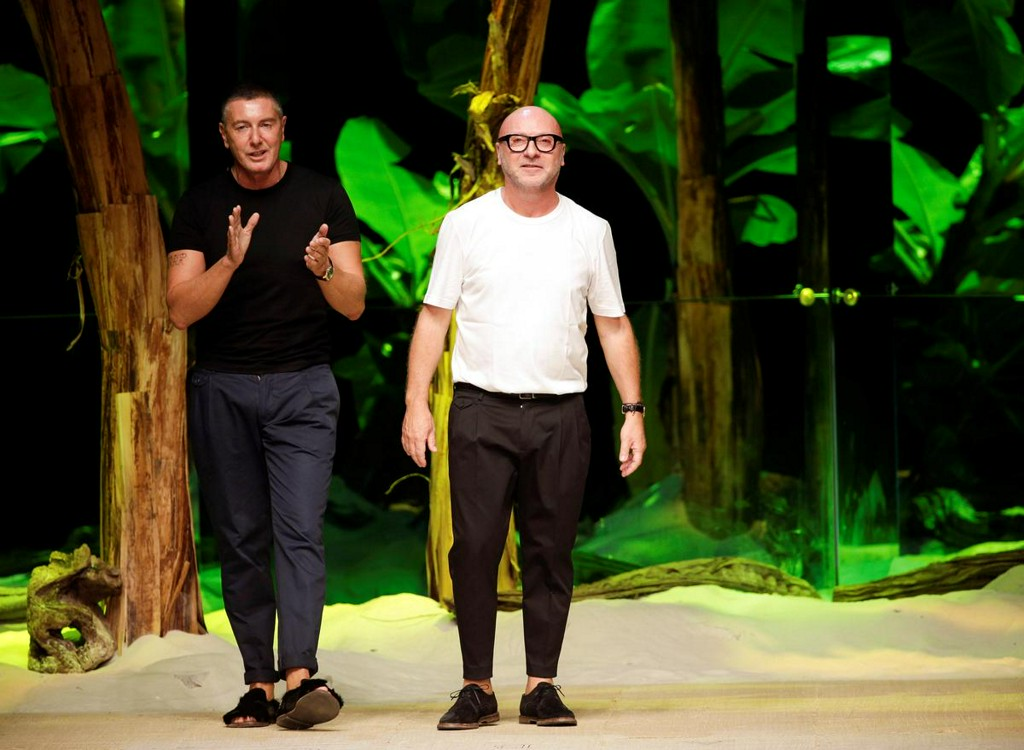 Dolce & Gabbana founders have received offers but have no plans to sell: paper https://reut.rs/2USKZEi