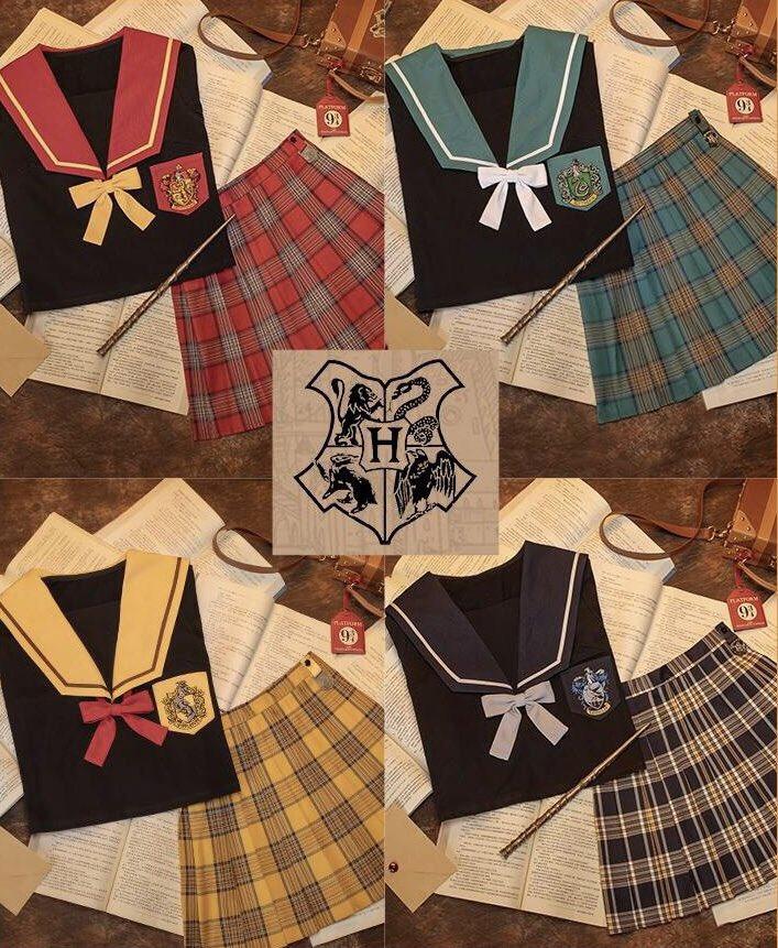 このハリポタのセーラー服、非公式の商品かと思ったけどオフィシャルライセンスの商品らしくてびっくりした。 学生のポタクラさん、いかがですか ♀️
