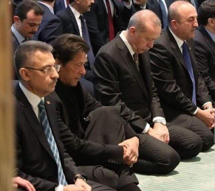 RT @Salman__Sallu: Best picture on Internet today ❤️ Long live Pakistan 🇵🇰 Turkey 🇹🇷.  #PakTurkFriendship  https://t.co/VMTAObNh0i