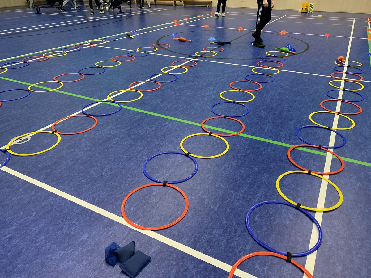 We have some fantastic activities planned for our KS1 pupils today #ilovesport @BCUPhysEd @iffykhawaja . We hope all the schools have fun! #passion @YourSchoolGames @YouthSportTrustpic.twitter.com/apkznBY0Ku
