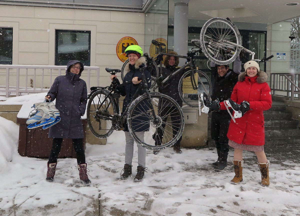 Our staff took the liberty to turn today's #WinterBikeToWorkDay into a #WinterBikeAndSkateToWorkDay. No, not because this makes the length of the hashtag more similar to those of German words, but because we are located along #Ottawa's stunning @NCC_Skateway! @WinterBike2Work
