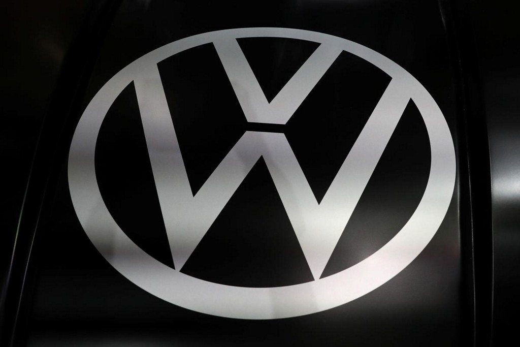 Volkswagen to shut coal-fired power stations at main factory to cut CO2 https://t.co/WNV0BODQBw https://t.co/U90rrBGpW0