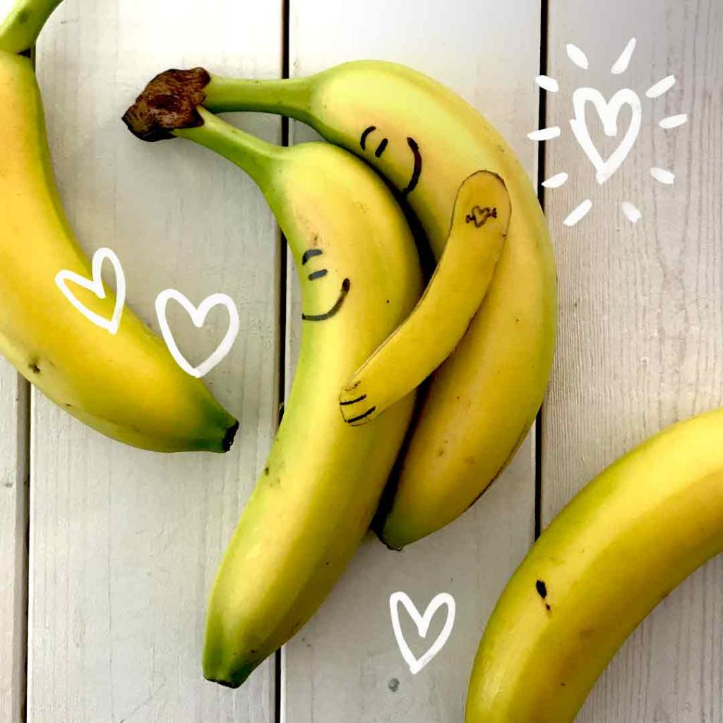 Happy Valentine's Day, Canada! Show those you love just how banana-crazy you are for them!